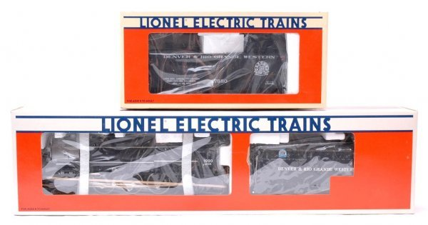22: Lionel 1990 LCCA D and RG 18090 17880 MIB