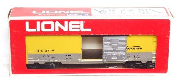 1: Lionel 9739 Rio Grande boxcar, no stripe, OB