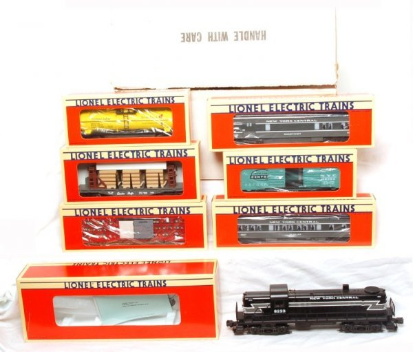 12: Lionel 11744 New Yorker pass./freight set in OB