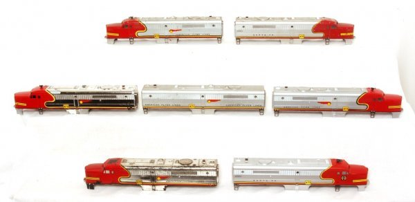 3004: 7- American Flyer Santa Fe A and B unit shells