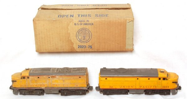 3013: Lionel 2023 Union Pacific Altos in OB, insert