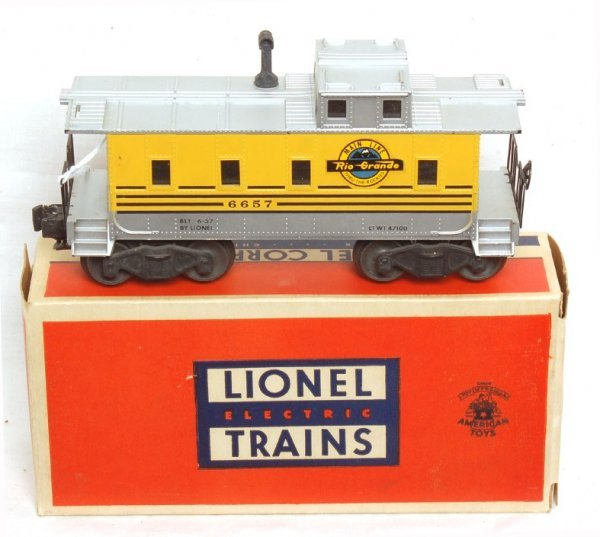 808: Lionel 6657 Rio Grande caboose in OB