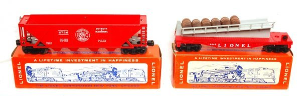 812: Mint Lionel 6736 DM, 6343 barrel ramp car, OB