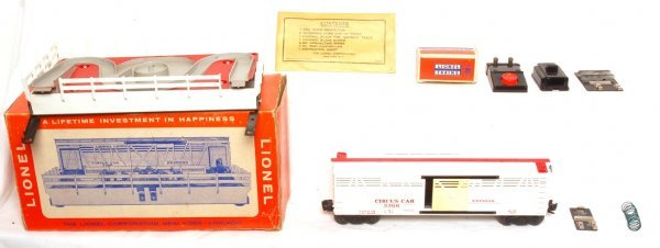 818: Nice Lionel 3366 operating circus car outfit, OB