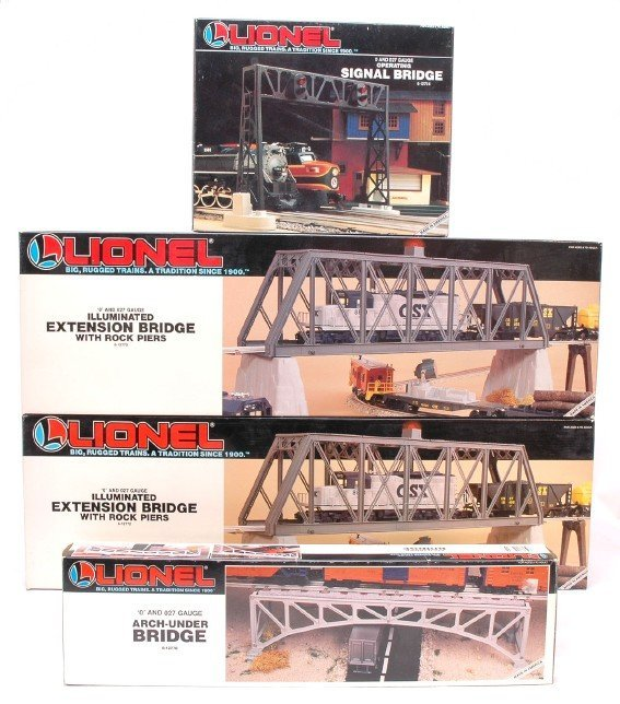 2009: Lionel 12724 12770 two 12772 MINT Boxed