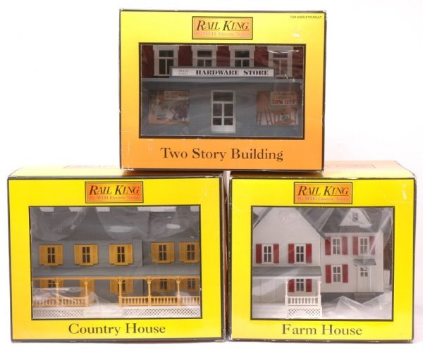 2013: MTH 9003 Farm 9001 Country 9018 Store MINT OB
