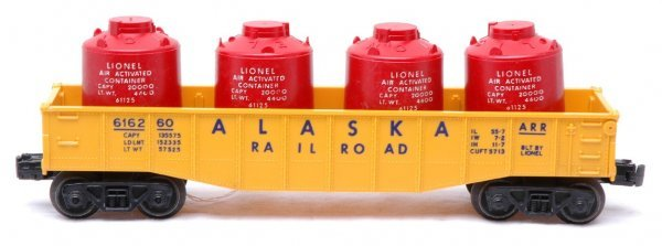 2509: Lionel 6162-60 Alaskan Gondola with Red Canisters
