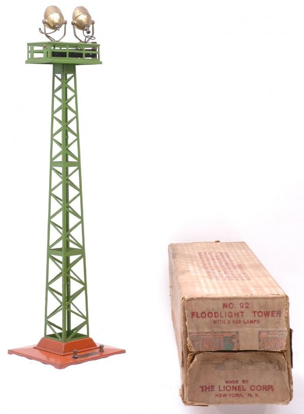 2522: Lionel 92 Floodlight Tower Terracotta Green Boxed
