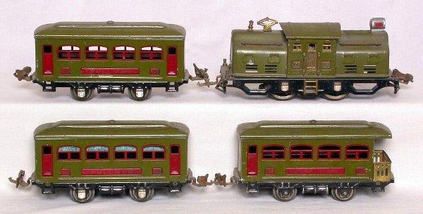 9: Lionel prewar 252 loco with 529, 529 and 530