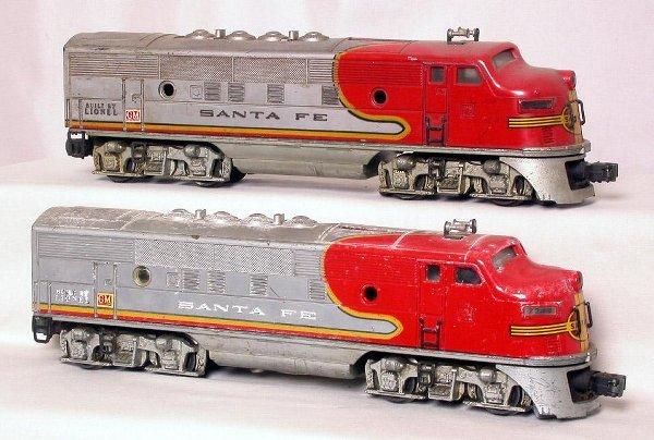 21: Lionel 2343 Santa Fe AA units