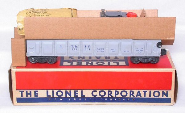 423: Mint Lionel 3562-50 ATSF barrel car in the box
