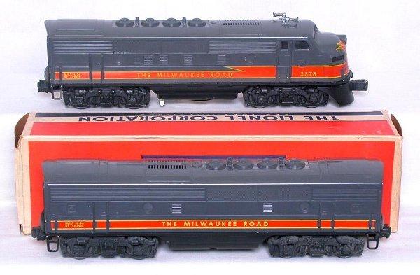 435: Lionel 2378 Milwaukee Road F3 AB units in box