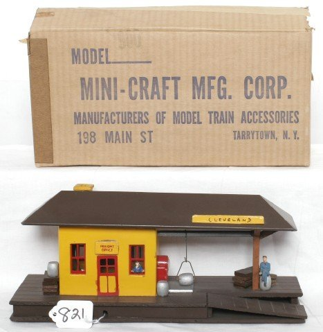 821: Mini-Craft Model 900 freight office in OB