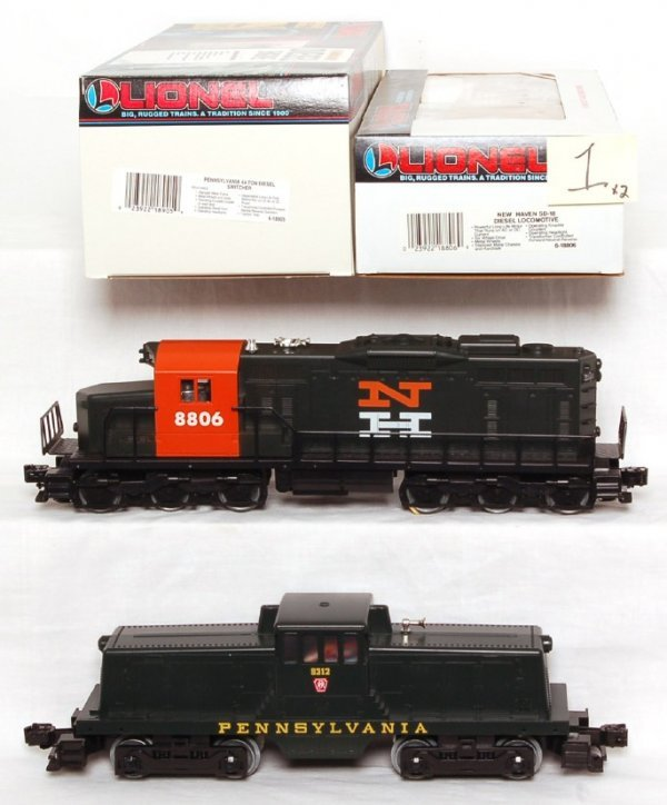 1: Lionel 18806 and 18905 diesel locos in OB