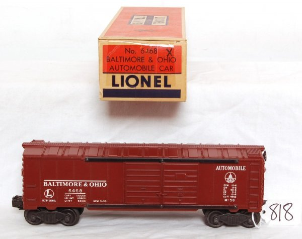 818: Nice Lionel 6468X tuscan boxcar in OB
