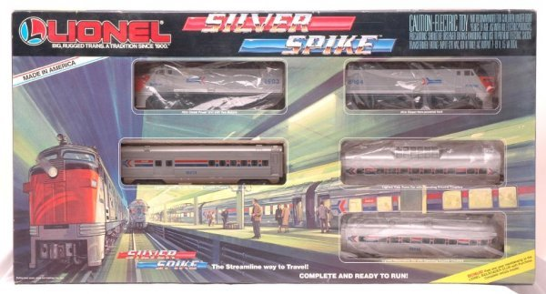 2003: Lionel 11707 Silver Spike Passenger Set Boxed