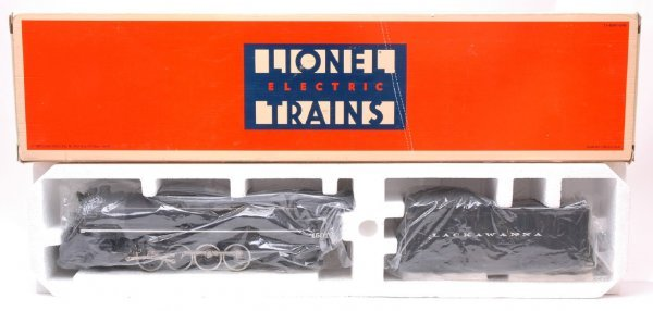 2015: Lionel 18003 DL and W Loco and Tender MINT Boxed
