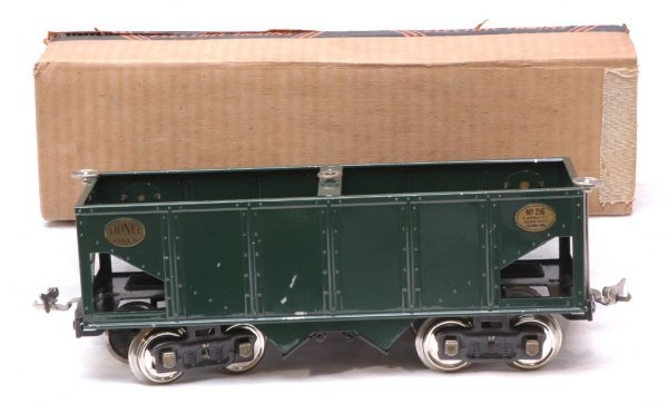 2411: Lionel 216 Dark Green Hopper Mixed Trim LN Boxed