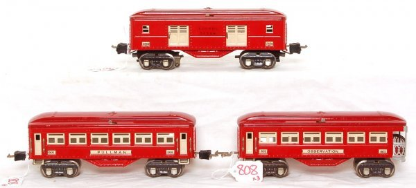 808: Lionel 600, 601 and 2602 red passenger cars