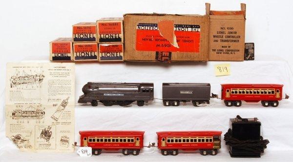 819: Lionel prewar 1069W boxed set, 1688E, 1689W
