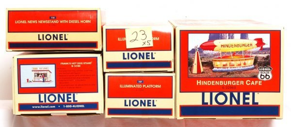 23: Two Lionel 12943, 14160, 12961, 32960 in OB