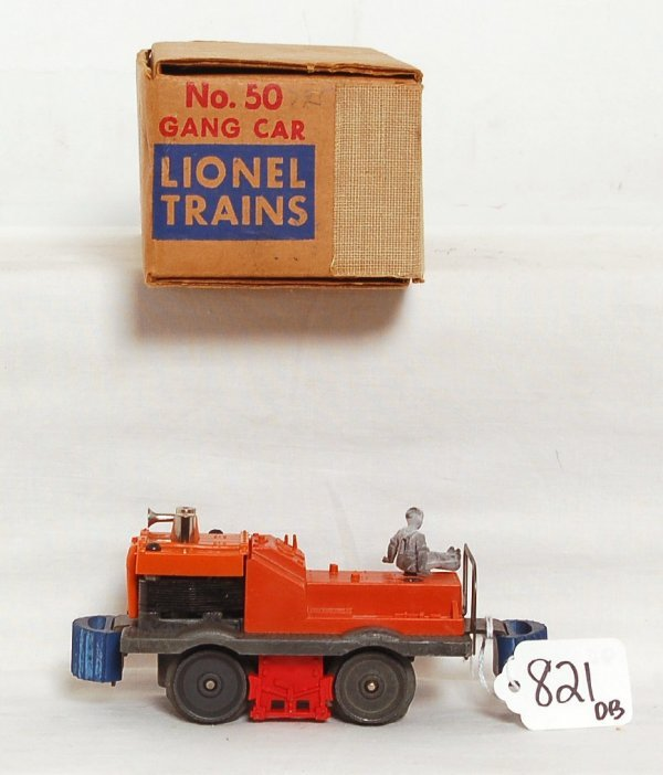 821: Unrun Lionel 50 gang car, OB