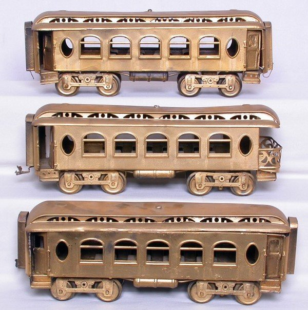 3: Three Lionel prewar SG pass. cars, repainted gold