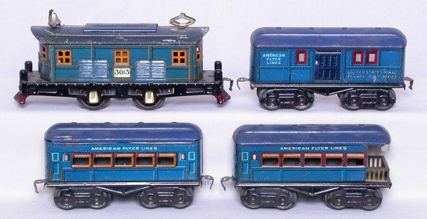 4: American Flyer O blue lighted pass. set w/ 3013