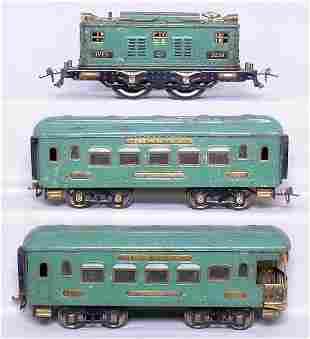 Ives WG peacock 3236 loco, cars 185 186