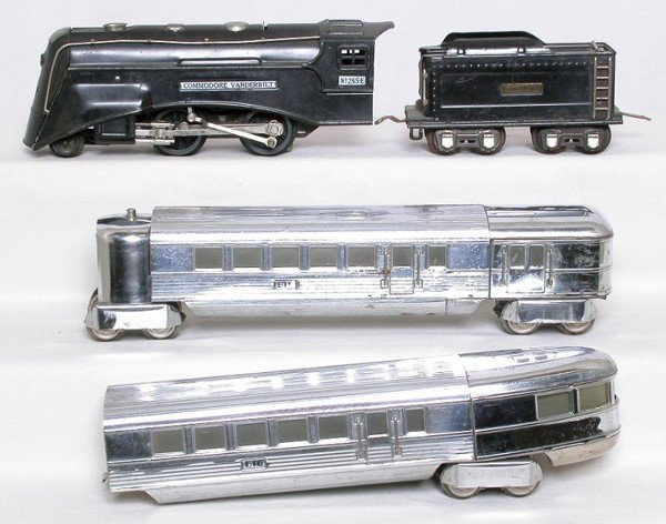 316: Lionel prewar 265E with Flying Yankee cars