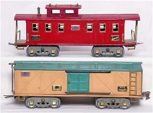 American Flyer WG 4018 boxcar, 4021 caboose