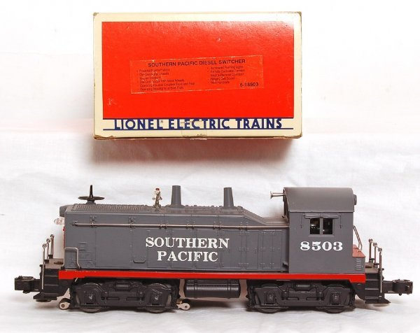 2009: Lionel 18503 Southern Pacific NW-2 switcher in OB