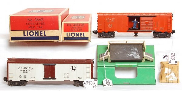 2802: Lionel 3662 operating milk car outfit, 3484-25, O