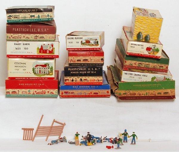 2: Fourteen Plasticville kits in original boxes