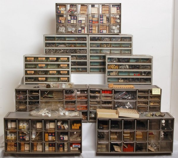 373: Nine parts cabinets, 100s of light bulbs Lionel