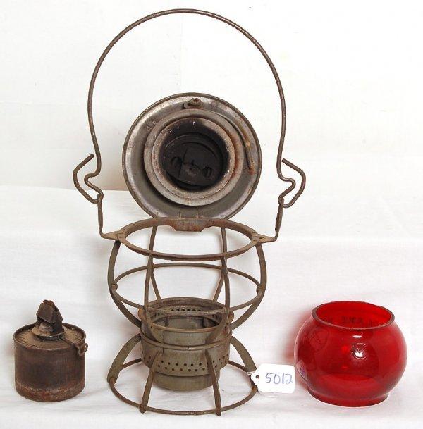 5012: Northern Pacific red globe Dressel lantern