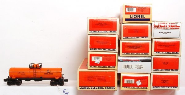 5: Lionel Lines 8380 and thirteen freight cars in OB