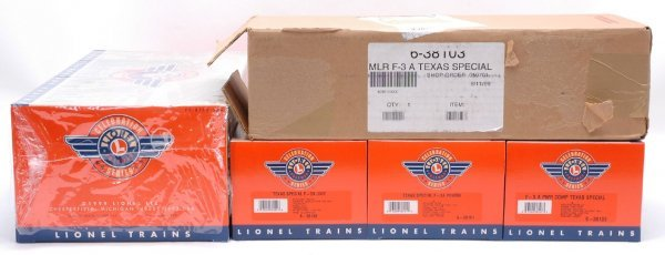 2529: Lionel 38100 Texas Special ABA 38103 MINT Boxed