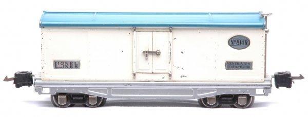 801: Lionel 814R Refrigerator White Light Blue Roof