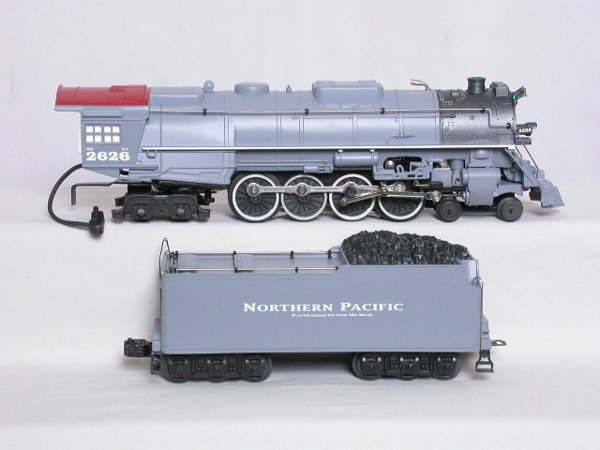15: Lionel 18016 Northern Pacific 4-8-4 #2626, OB.