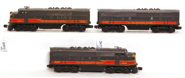 2077: Lionel 2378 The Milwaukee Road F3 A-B-A units
