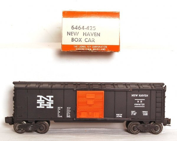 2815: Mint Lionel black 6464-725 NH boxcar, OB
