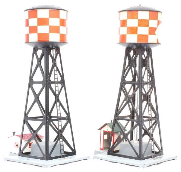 607: Am Flyer two 772 Checkerboard Water Towers