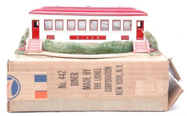 2030: Lionel 442 Landscaped Diner MINT Boxed