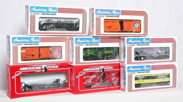 1012: Eight American Flyer NASG freight cars