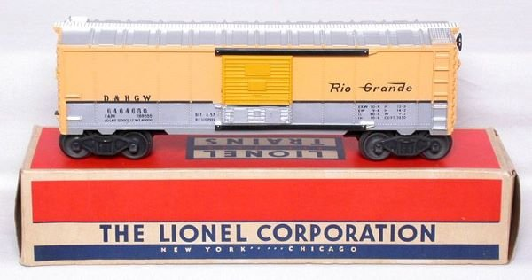 3011: Lionel 6464-650 D&RGW boxcar in nice OB