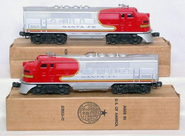 3023: Mint Lionel 2383 Santa Fe F3 AA units in box
