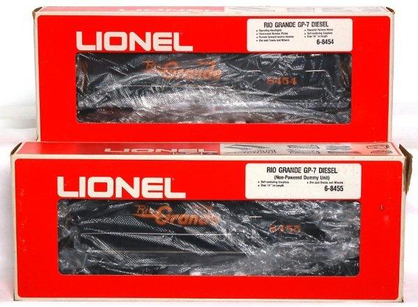 5: Lionel 8454 and 8455 Rio Grande GP-7 diesels