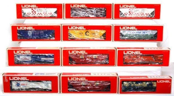 6: Twelve Lionel freight cars in original boxes