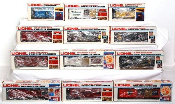 12: Twelve Lionel freight cars in original boxes